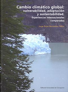 Cubierta ilustrada por una fotografía en color de un paisaje de la Patagonia chilena, aquí se aprecia parte del follaje de un árbol, más atrás un lago y un glaciar y de fondo la montaña. En la parte superior de la cubierta se lee el título de la obra y el nombre del autor, a pié de página la editorial.