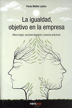 Cubierta de color verde claro, ilustrada por la imagen de dos árboles juntos que forman el rostro de una mujer y de un hombre. En la parte superior se encuentra el nombre de la autora en letras pequeñas de color negro. Más abajo aparece el título en letras grandes de color negro.